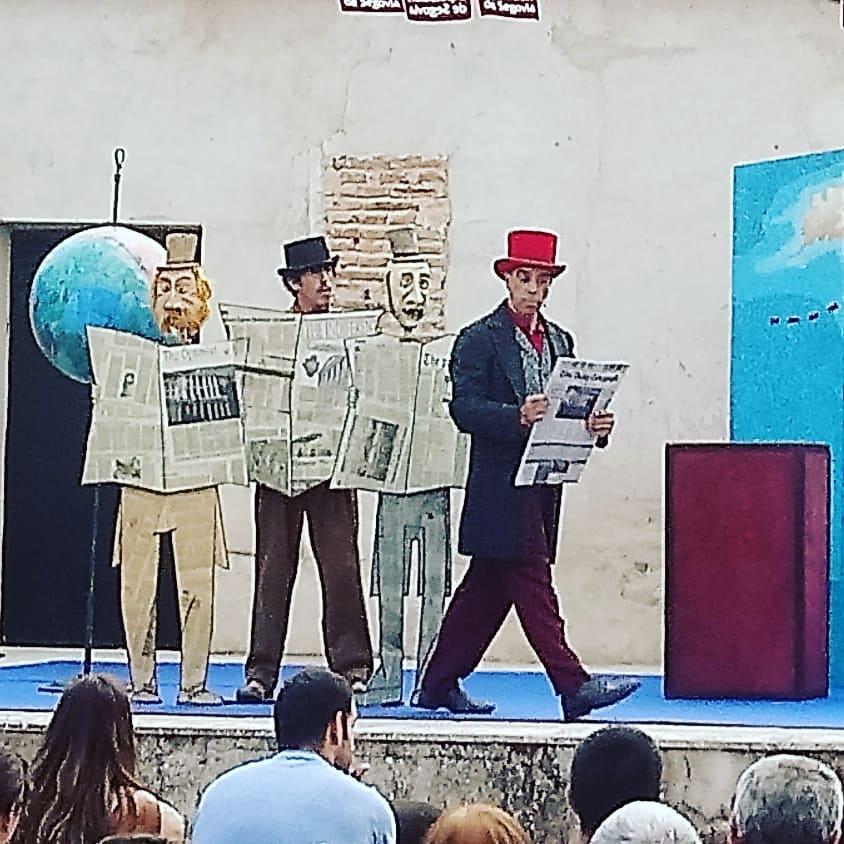"""Compañía de teatro Mutis y su obra """"La vuelta al mundo en 80 días"""""""