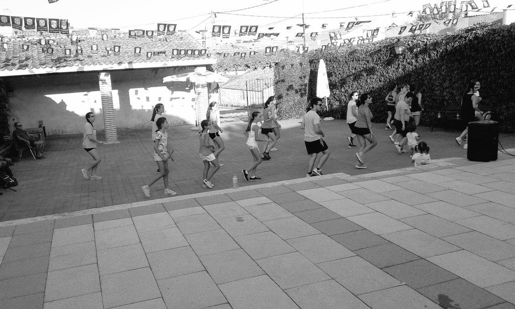 Escuela de Danzas Bailaló